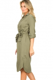 Set | Belted midi dress Bizzy | green  | Picture 5