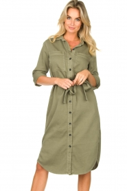 Set | Belted midi dress Bizzy | green  | Picture 2