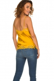 Gold Hawk | Silk top Elin | yellow  | Picture 5