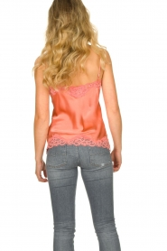 Gold Hawk | Silk top Elin | coral  | Picture 4