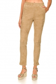Arma :  Suede pants Chatou | beige - img5