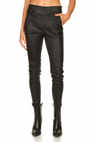 Arma :  Lamb leather stretch pants Saint | black - img4
