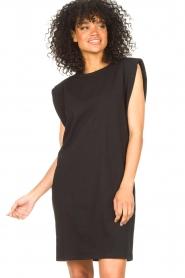 Set | Mouwloze katoenen jurk Gia | zwart  | Afbeelding 5