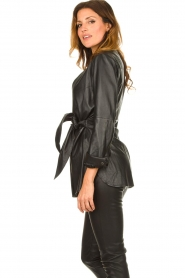 STUDIO AR BY ARMA |  Leather wrap top Hope | black  | Picture 6
