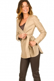 STUDIO AR BY ARMA |  Leather wrap top Hope | beige  | Picture 5