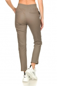 STUDIO AR BY ARMA |  Leather pants Naomi | taupe  | Picture 6