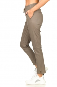 STUDIO AR BY ARMA |  Leather pants Naomi | taupe  | Picture 5