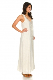 Hipanema |  Maxi dress with embroideries and lurex stripes Fernanda | white  | Picture 4