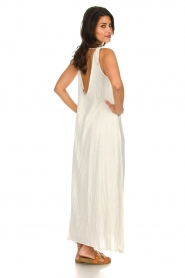 Hipanema |  Maxi dress with embroideries and lurex stripes Fernanda | white  | Picture 5