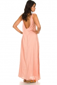 Hipanema |  Maxi dress with embroideries and lurex stripes Fernanda | pink  | Picture 5