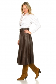 STUDIO AR BY ARMA | Belted leather midi skirt Romee | brown  | Picture 6