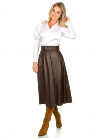 STUDIO AR BY ARMA | Belted leather midi skirt Romee | brown  | Picture 5
