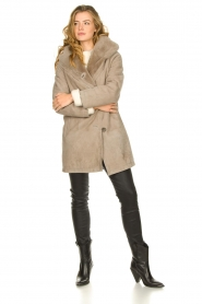 STUDIO AR BY ARMA |  Leather lammy coat Babina | taupe  | Picture 3