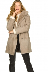 STUDIO AR BY ARMA |  Leather lammy coat Babina | taupe  | Picture 6