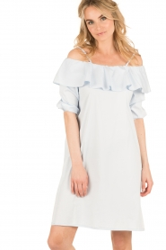 Set | Off-shoulder jurk Cilla | blauw  | Afbeelding 2