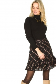 Second Female |  Skirt with floral print Louis | black  | Picture 2