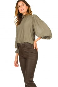 Second Female |  Blouse with balloon sleeves Florenza | green  | Picture 4