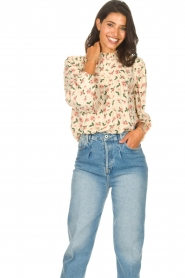 Sofie Schnoor |  Blouse with floral print Maylon | natural  | Picture 2