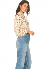 Sofie Schnoor |  Blouse with floral print Maylon | natural  | Picture 5