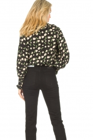 Sofie Schnoor |  Blouse with floral print Kelsie | black  | Picture 8