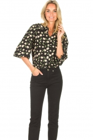 Sofie Schnoor |  Blouse with floral print Kelsie | black  | Picture 2
