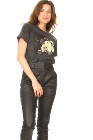 Sofie Schnoor |  T-shirt with floral Cady | black  | Picture 2
