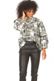 Antik Batik |  Checkered cotton blouse Alama | black  | Picture 2