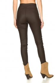 Knit-ted :  Faux leather leggings Amber | brown - img7