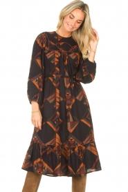 Antik Batik |  Midi dress with graphic print Delhine | black  | Picture 6