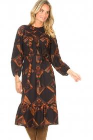 Antik Batik |  Midi dress with graphic print Delhine | black  | Picture 5
