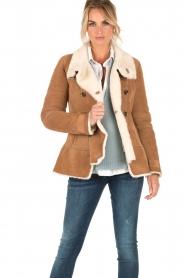 Patrizia Pepe | Suede lammy coat Frensi | bruin  | Afbeelding 2