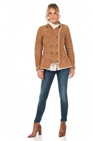 Patrizia Pepe | Suede lammy coat Frensi | bruin  | Afbeelding 6