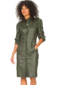 STUDIO AR |  Leather dress with puff sleeves Jamil  | green  | Picture 4