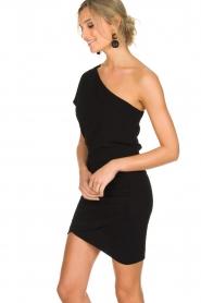 IRO | Asymmetrische jurk Davovo | zwart  | Afbeelding 4