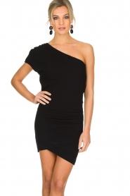 IRO | Asymmetrische jurk Davovo | zwart  | Afbeelding 2