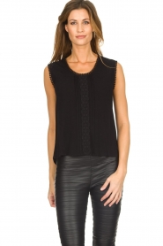 Knit-ted |  Top with lace Hanna | black  | Picture 2