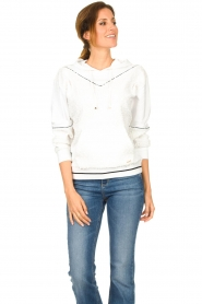 Liu Jo |  Boucle sweater Hera | white  | Picture 2