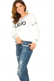 Liu Jo    Logo sweater Deluxe   white    Picture 4