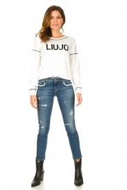 Liu Jo    Logo sweater Deluxe   white    Picture 3