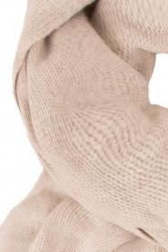 Knit-ted | Fijngebreide sjaal Sam | naturel  | Afbeelding 3