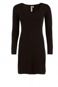 Knit-ted | Fijngebreide jurk Lot | zwart  | Afbeelding 1