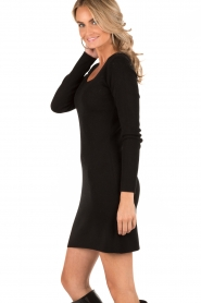 Knit-ted | Fijngebreide jurk Lot | zwart  | Afbeelding 4