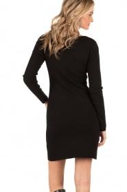 Knit-ted | Fijngebreide jurk Lot | zwart  | Afbeelding 5