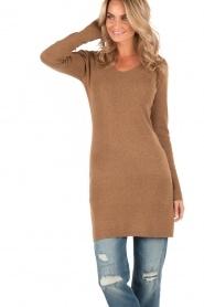 Knit-ted | Fijngebreide jurk Lot | bruin  | Afbeelding 2