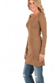Knit-ted | Fijngebreide jurk Lot | bruin  | Afbeelding 4