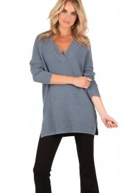 Knit-ted | Gebreide trui Jolie | denim blauw  | Afbeelding 2