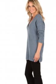 Knit-ted | Gebreide trui Jolie | denim blauw  | Afbeelding 4