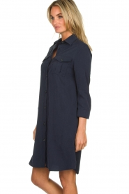 Knit-ted |  Blouse dress Verona | navy  | Picture 4