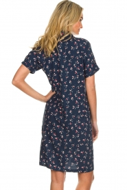 Knit-ted |  Dress with floral print Gigi | navy  | Picture 6
