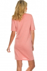 Knit-ted |  Dress with lurex finish Lies | pink  | Picture 6
